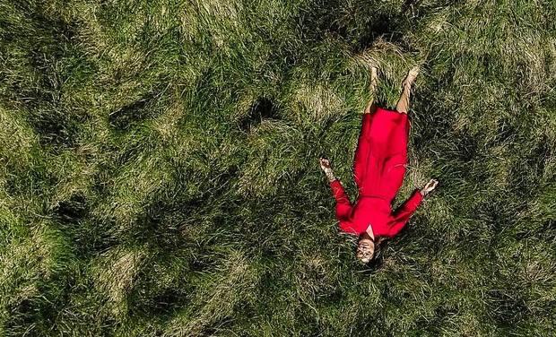 """Visuel du projet Lucie-Valentine : Sortie du premier album """"La Vie est Belle"""" (Chanson)"""