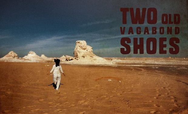 "Project visual Entrez dans l'univers du groupe ""Two Old Vagabond Shoes"""