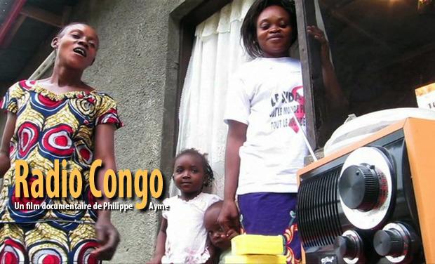 Large_large_femmes__coutent_radio