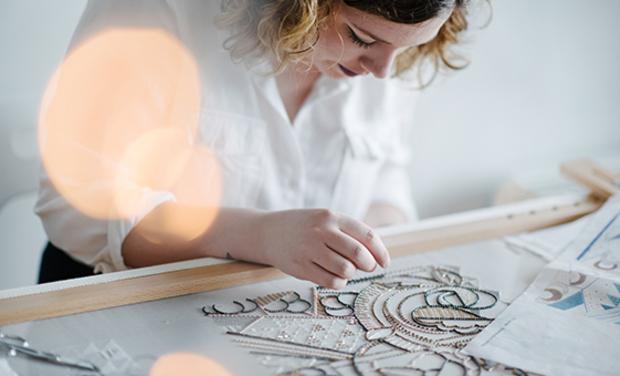 Visuel du projet ZALUZEC - Bijoux haute fantaisie et broderie Haute couture