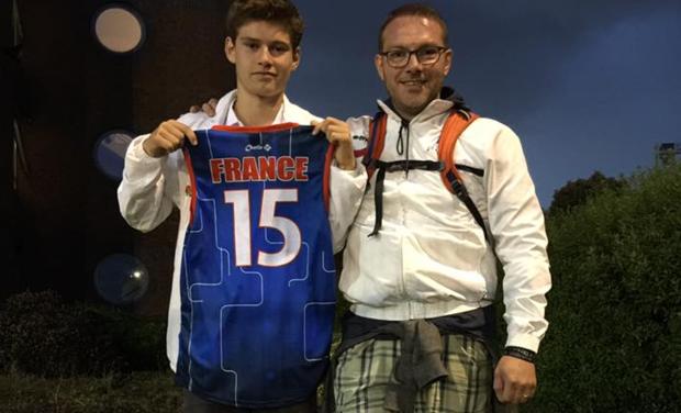 Visuel du projet Père et Fils même objectif : Championnats d'Europe de Touch Rugby U18 et +45 ans