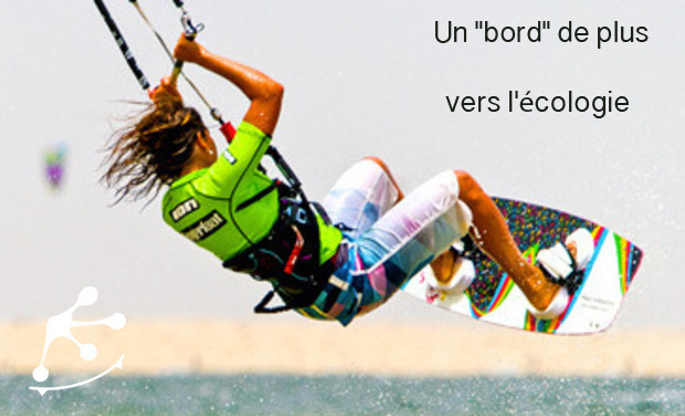 Large_large_kitesurfgirl-2_copie