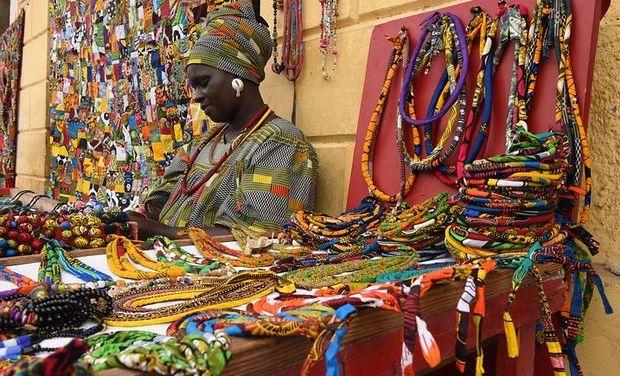 Project visual Aidez nous à finir la maison de Yaye Bobo - Thiès Sénégal