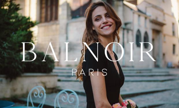 Project visual Balnoir Paris, la parfaite petite robe noire