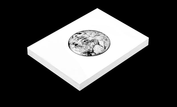 Visuel du projet Edition et impression du livre de Photographies M.O.O.N