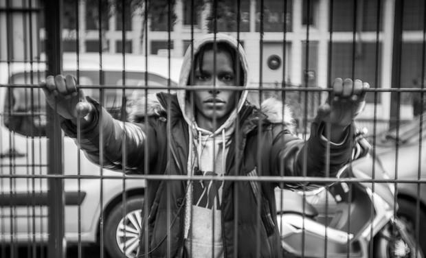 """Visuel du projet Exposition Photos & Projet Photo avec des Jeunes. Thématique """"Dans ma Rue"""""""