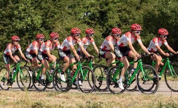 Project visual Prenez la roue de l'équipe féminine du Vélo Club Saint Julien en Genevois