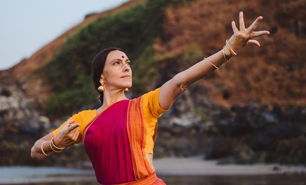 """Visuel du projet """"Aanandam - La Joie Céleste""""     -     Récital de Bharata Natyam"""