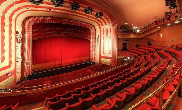 Visueel van project theatre advisor