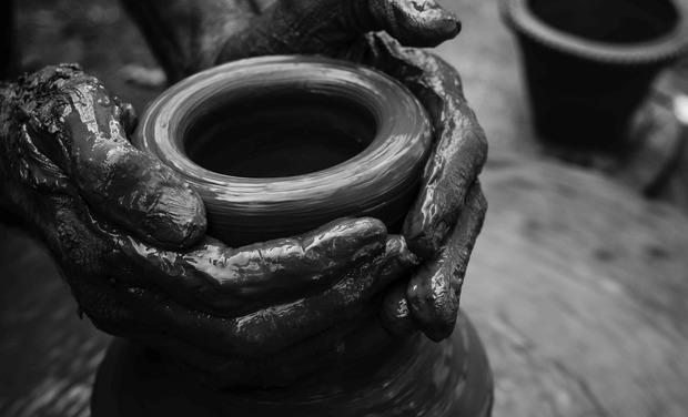 Project visual Le Grès à Gordes, centre de ressources pour la céramique et les Arts du feu