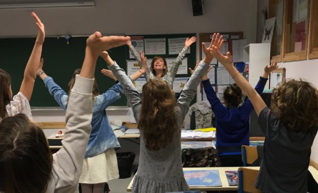 Visueel van project Formons nos enseignants à la pleine présence