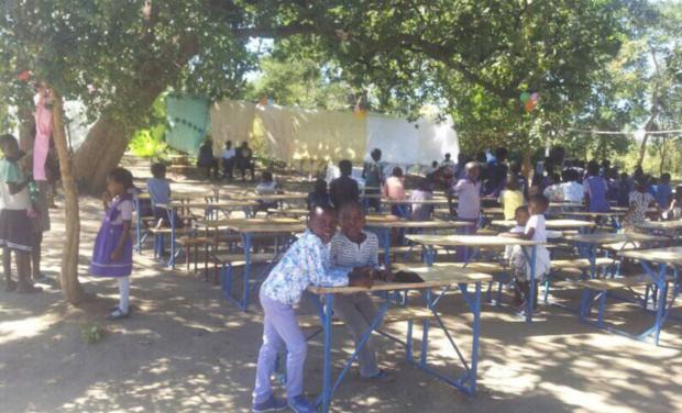 Visuel du projet Ennéa World : Achat de fournitures scolaires pour des enfants en Zambie