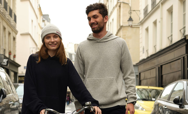 Project visual Enfin un hoodie cool et durable, par Les Vilains Parisiens