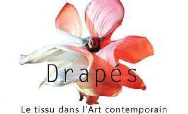 Project visual Drapés Le Tissu dans l'Art Contemporain