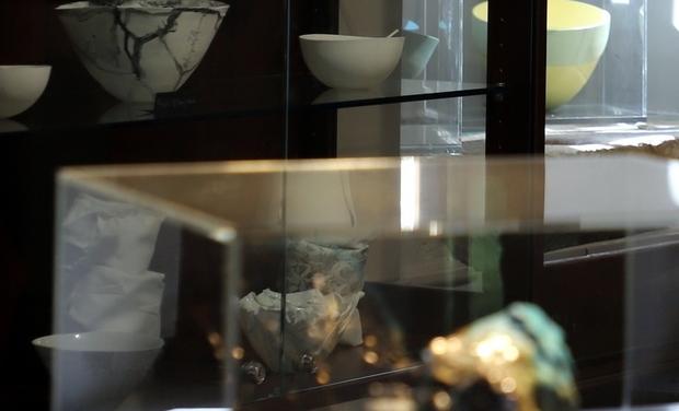 Project visual Métamorphoses, la céramique aux frontières de la peinture et de la sculpture