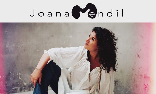 Project visual Premier Album-Joana Mendil