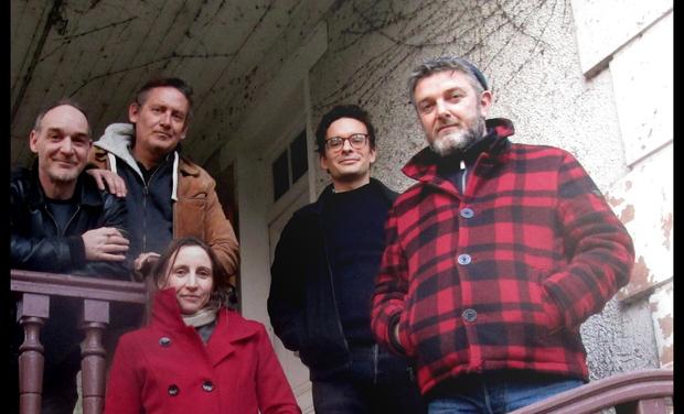 Visueel van project The Downtown Merrylegs recording project at Le Bar de la Plage!