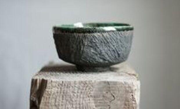 Visueel van project ALMA QOTO, une nouvelle façon d'aborder l'art contemporain et l'artisanat.