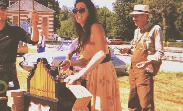 Visuel du projet Je chante et tourne un orgue pour la vie