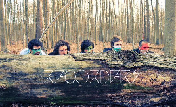 Visuel du projet Help Recorders release their first album!