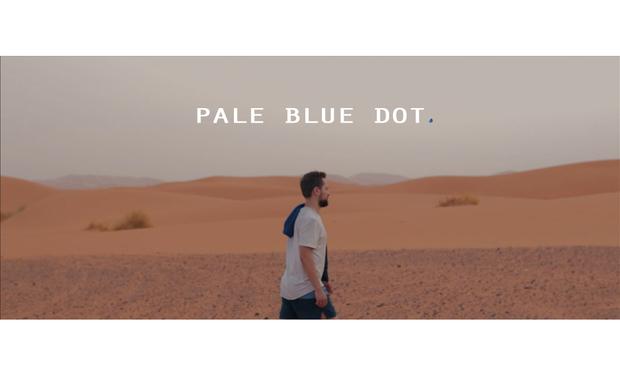 Project visual PALE BLUE DOT