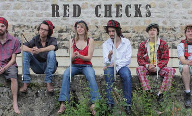 Visuel du projet Red Checks Tournée en Irlande