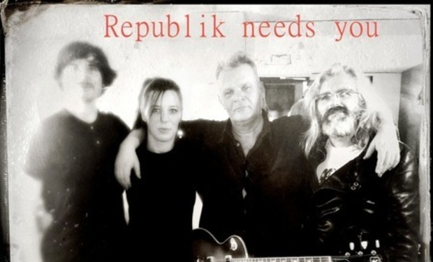 Large_republik_r_duite_2013