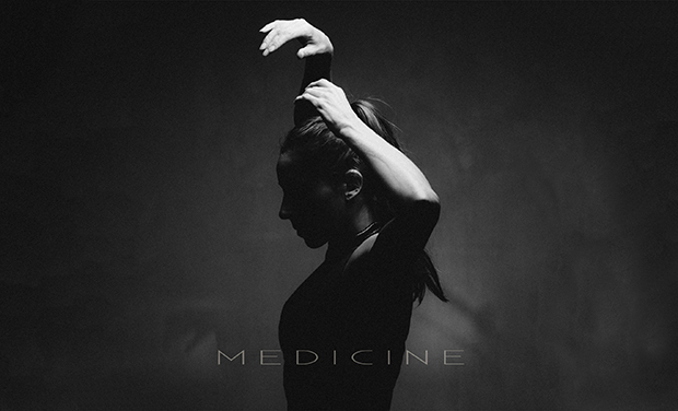 Large_couverture_album_medicine_72dpi-1434221606-1434221616