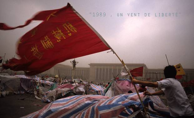 Large_1_drapeau_rouge_flottant_tam_620x376_avec_titre-1435176271-1435176278