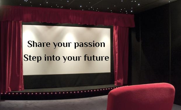 """Visuel du projet Soutenez notre conférence ! """"Share your Passion: Step into your Future"""""""