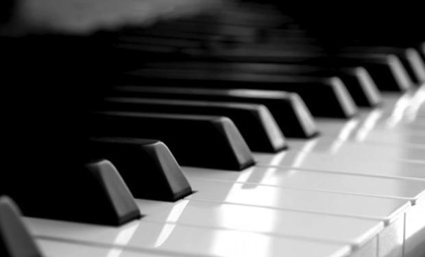 Large_photo-d-un-clavier-de-piano_2-1490100880-1490100899