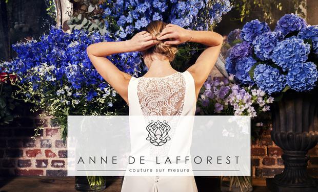 Visuel du projet Anne de Lafforest, la maison qui habille La Mariée et Ses Invitées