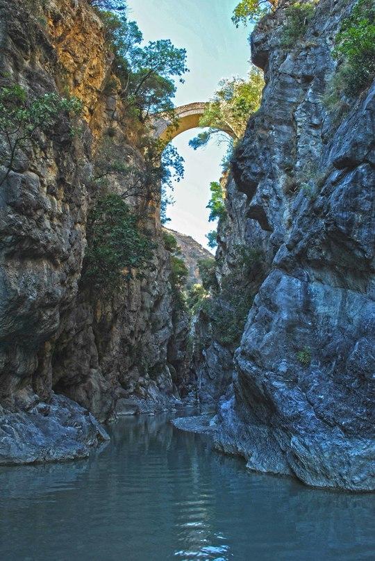 Ponte_del_diavolo_civita-1410776018