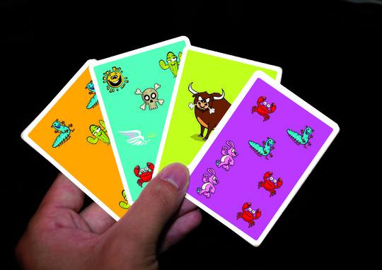 Mains_cartes-1411926290