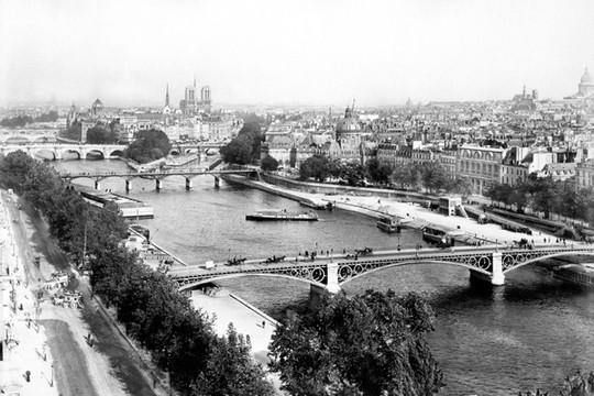 Paris 1880