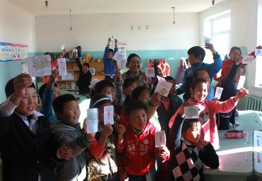 Classroom_in_mongolia_2013_lolita_guyon-1412953436