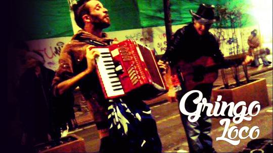 Gringo-loco-calle-1415829045