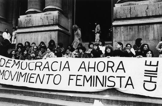 Feministas_en_lucha_anti_pinochet__de_kena_lorenzini_-1416258959
