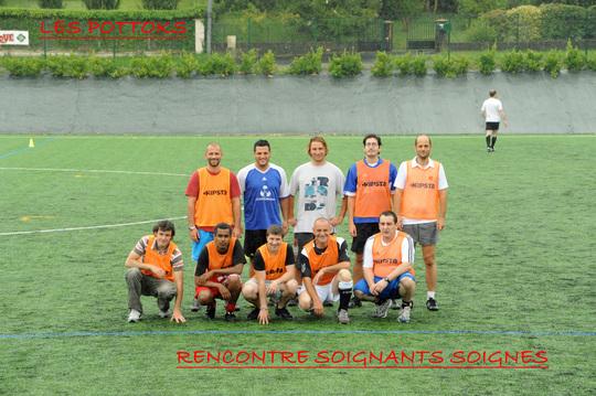 Les_pottoks_soignants_soignes-1416640153