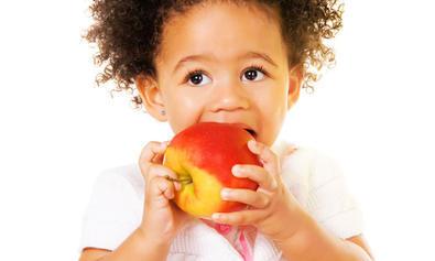 Quel-alimentation-pour-mon-enfant_article_full-1416928338