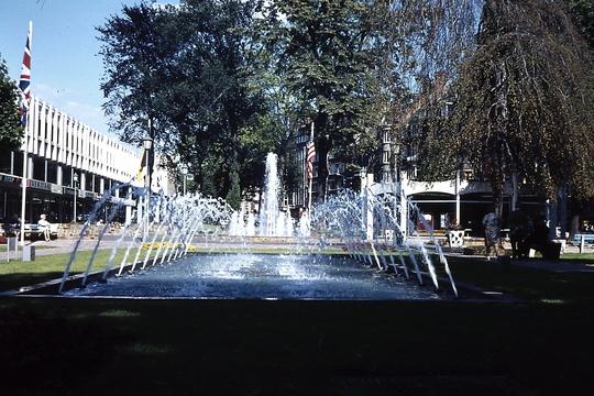 Square_leopold_1971_178-1417775888