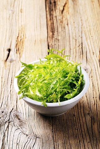 Bigstock-bowl-of-salad-greens-12779912b-1418055300