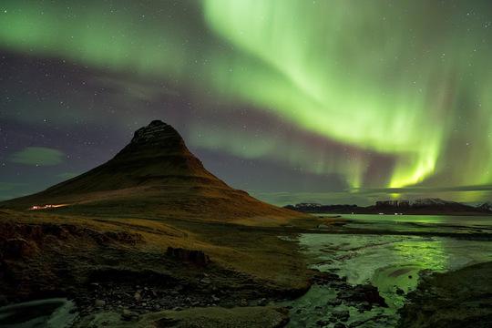 Islande-istock_000023644530_fullphotoempt-1419340028