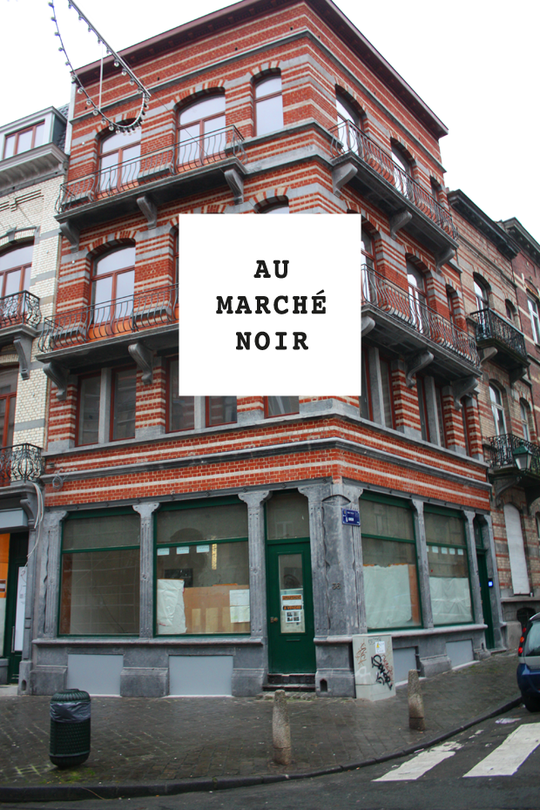 Aumarchenoirademeur-1420465344