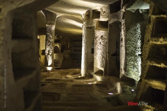 Wine_catacombe-1421874369