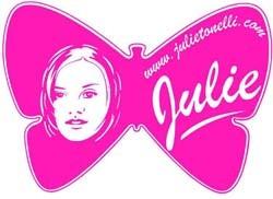 Julie_tonelli-1422991981