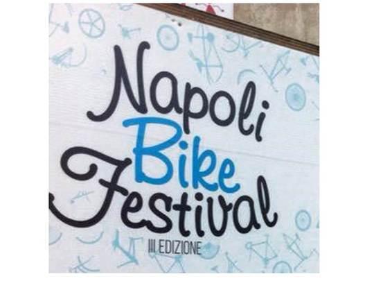 Napoli_bike-1424087018