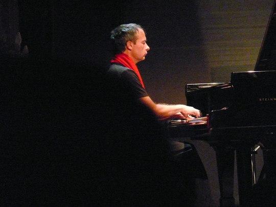 Gilles_piano_2-1424889722