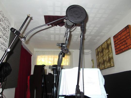 Studio-1424896566