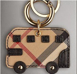 Porte_cl__bus_burberry-1425301557
